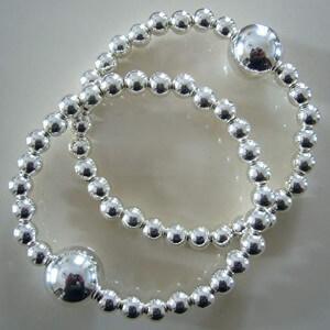 Queasy Beads